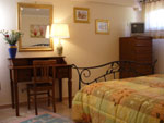 Rooms and services bed and breakfast chez franca to the roman castles close to Rome